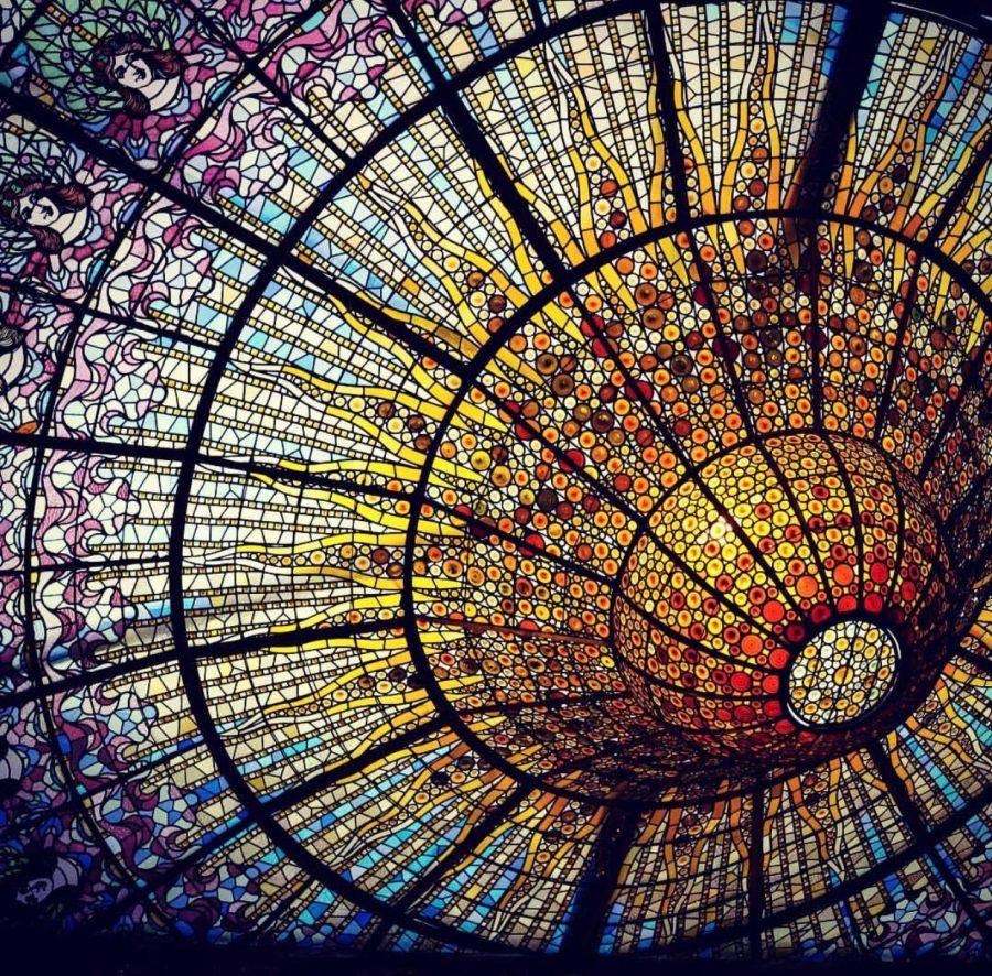 The ceiling at the Palacio de Musica Catalana.