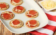 Easy Pizza Crackers Recipe