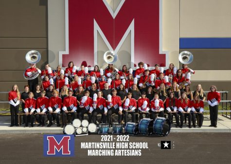 Full band shot of the 2021-2022 Marching Artesians.